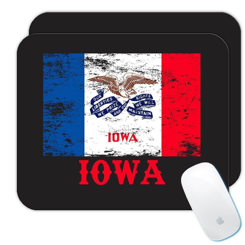 Iowa : Gift Mousepad Flag Distressed Souvenir State USA Christmas Coworker